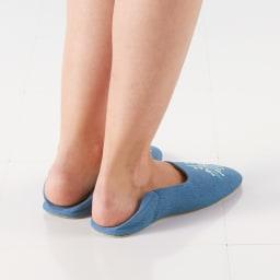 サフィー トイレタリー バブーシュ 普段はかかとを倒して脱ぎ履きしやすく。