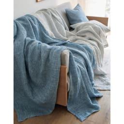 French Linen/フレンチ リネン 100% ふわふわ二重ガーゼケット コーディネート例 左から(イ)ブルー系、(ア)グレー系