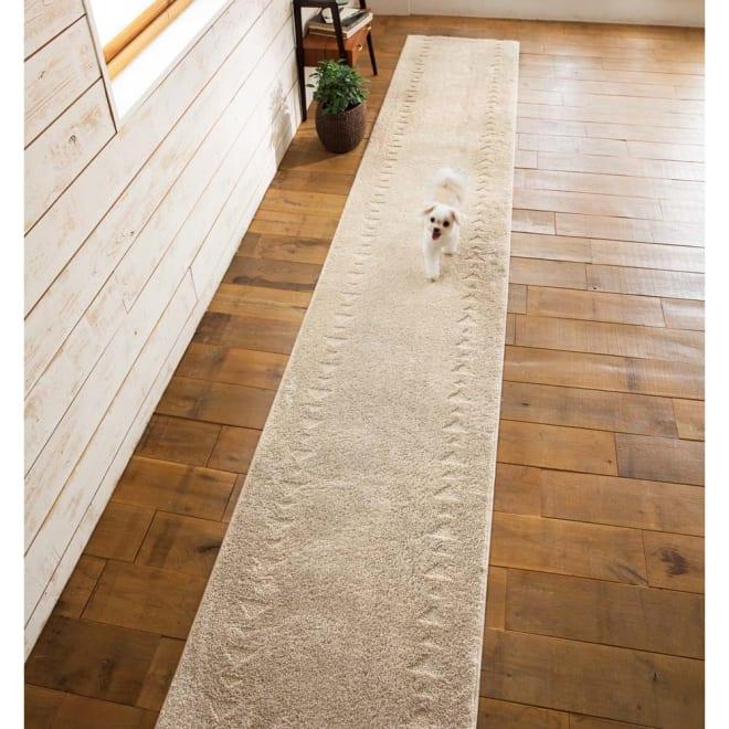 消臭・洗える廊下敷 幅80cm (カ)サンカクラインライトグレー ※写真は幅65cmタイプです。