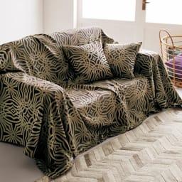 Beata ビアータ ホテル仕様ジャカード織ベッドスプレッド [コーディネート例]ゴールド ※お届けはベッドスプレッドです。 ※画像はクイーンサイズです。