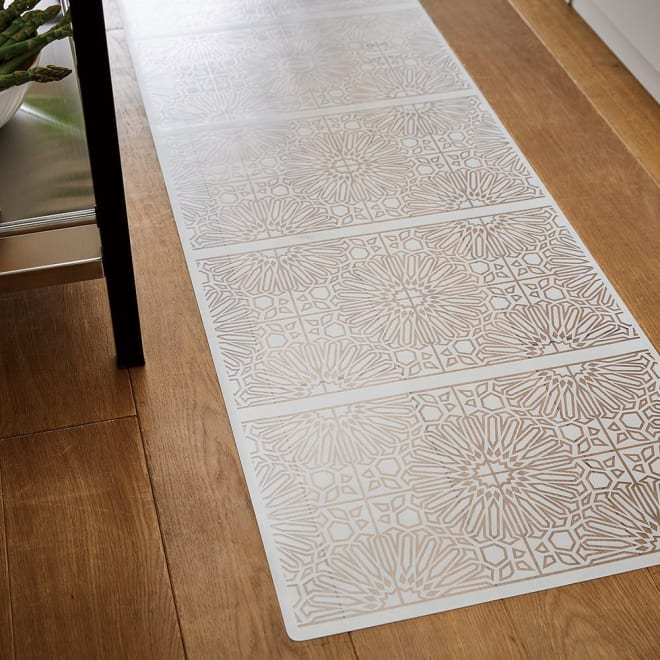 Lind/リンド 塩ビプリントキッチンマット (ア)リリーホワイト ※写真は約50×240cmタイプです。