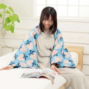 アツコ マタノ/ATUKO MATAMO ストロベリー ダウン膝掛け 写真