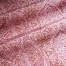 京都西川 特選2層式羽毛布団 レギュラータイプ シングルロング お得な2色組 軽量生地で羽毛ふっくら。 細番手の糸で織り上げた、やわらかなシルキータッチの軽量生地が羽毛のふくらみを引き立てます。だからボリュームがあり軽くて温か。