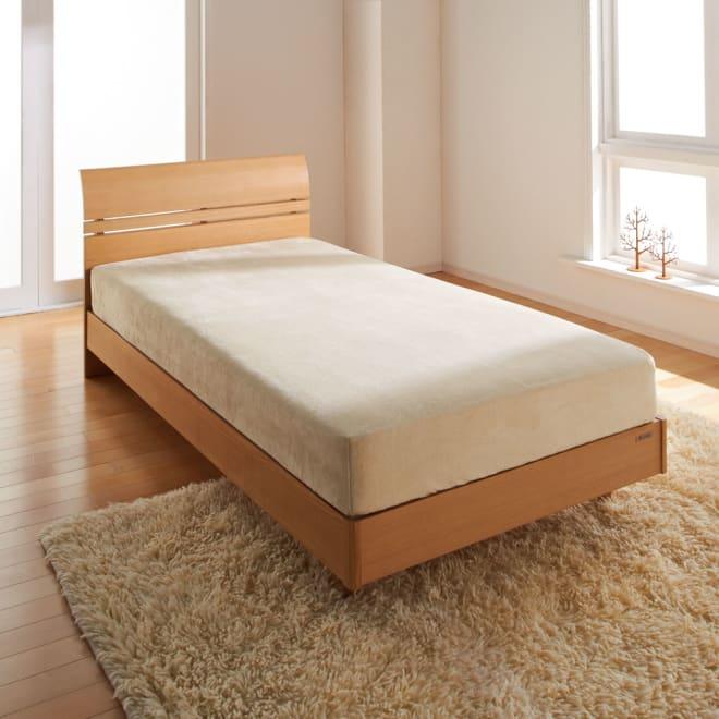 ふわっとやわらか吸湿発熱 ベッドシーツ 掛けカバーと一緒に使って、もっとふんわりポカポカに。