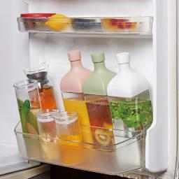 HARIO/ハリオ 冷蔵庫に横にして置ける カークボトル 使用例 冷蔵庫のポケットに収納OK