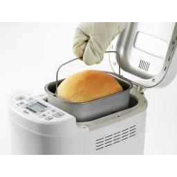 お餅も、焼き芋も、甘酒もつくれる!ホームベーカリー 1斤・1.5斤用