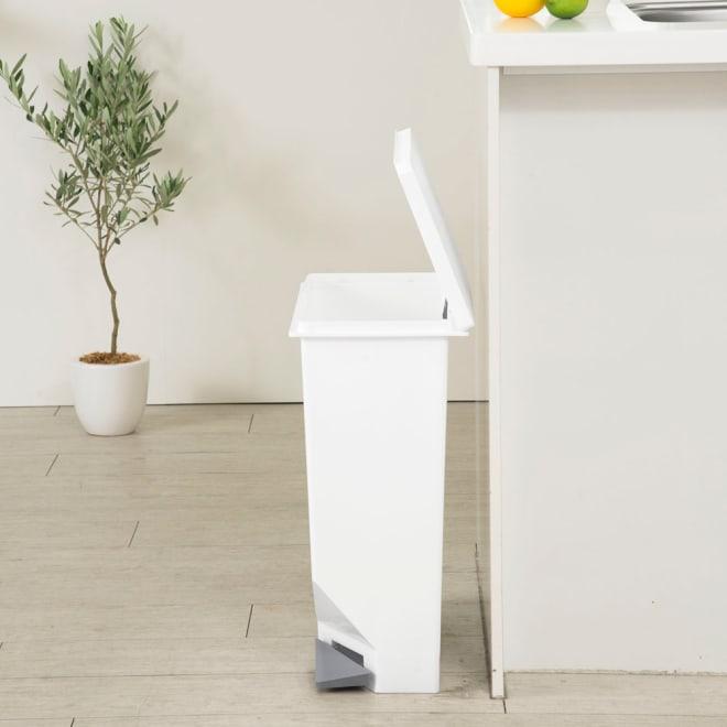 ユニード スイッチペダル35 スリムダストボックス ゴミ箱 (ウ)ホワイト
