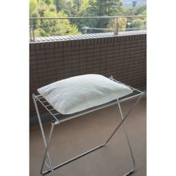 ステンレスランドリーテーブル 枕やぬいぐるみを干すのにも◎