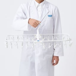Freddy Leck/フレディレック 角ハンガー32ピンチ 靴下やハンカチなど、たっぷり干せる32ピンチ。