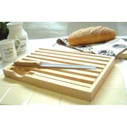 パンくずが散らからないまな板&ナイフのセット【ブレッドカッティングボード】 ナイフとすのこのセット