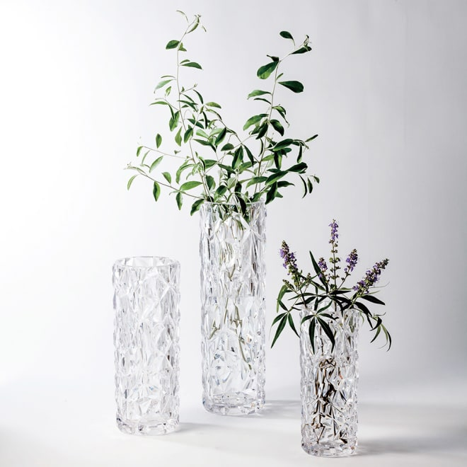 XZY 割れない花びん 38.6cm お届けは中央の38.6cmサイズ単品となります。左から29.8cm(別売り)、38.6cm、24.6cm(別売り)