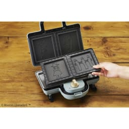BRUNO  ムーミン ホットサンドメーカー ダブル(2枚焼き) プレートは取り外して水洗いも可能です。