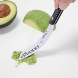 MAC バタ-ナイフ (チーズナイフ) アボカドなどのペーストも作れます。