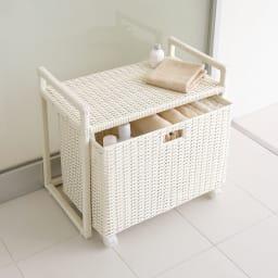 ラタン風玄関ベンチBOX付き (イ)ホワイト ※写真は幅60cmタイプです。