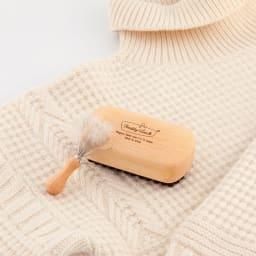 Freddy Leck/フレディレック 毛玉取り用 クロスブラシ ハード ニット・セーターに。