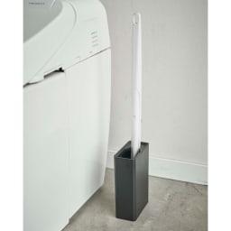 Tower/タワー 流せるトイレブラシスタンド 使用イメージ