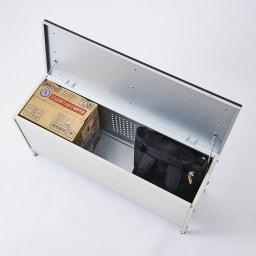 ペットボトルが箱ごと入る 薄型収納ベンチ 幅90cm お子様のおもちゃやガーデニング用品等を隠して収納できます。