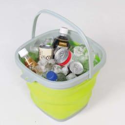 薄くたためるバケツ 10リットル アウトドアで飲み物と氷を入れて。