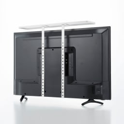 薄型テレビラック スマート VESA規格対応。テレビ裏のネジ穴にねじ込んで固定するので、しっかりと安定します