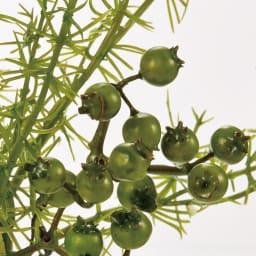 マジックウォーターグラスグリーン 小 「小」 かわいらしいベリーと、甘さを抑えるブランチ(枝)のバランスが絶妙な大人のアレンジメントです。
