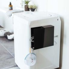 Tower/タワー 洗濯機横 マグネット ハンガーホルダー