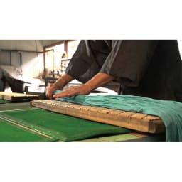 季ノ布 麻のシャリ感 風薫る皐月シリーズ 洗える麻敷きパッド 工程(1)シボとり