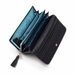 Think Bee!フラージェ長財布&ミニポーチセット 大きく開くコインポケットとカードサイズのポケットも16あり使いやすい仕様!