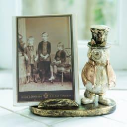 マルチホルダー フクロウ 本を置いたり、お気に入りのカードや写真を立てても