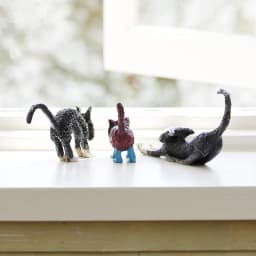 お部屋を癒し空間に・・猫の置物6個セット 後ろ姿もほっこりする可愛さです