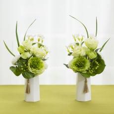 タッセル付き供花 白グリーン