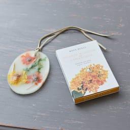 ROSY RINGS ボタニカルワックスサシェ オレンジブロッサム&オスマンサス 香り豊かなボタニカルワックスサシェ。紐つきで飾りやすい!