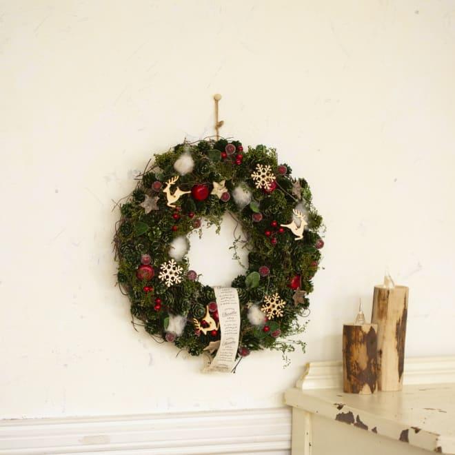トナカイと雪の結晶のクリスマスリース