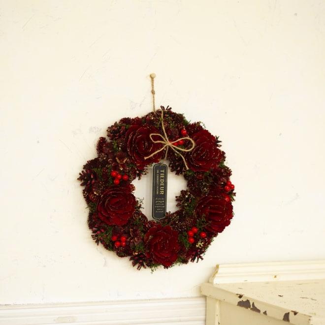 木の実のキラキラクリスマスリース
