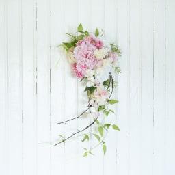 八重桜とピオニーのスワッグ