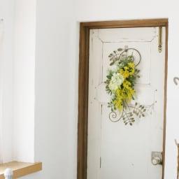 ミモザのアイアンスワッグ お部屋が華やかになる色合いのスワッグです