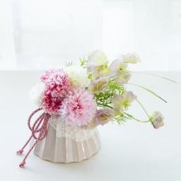 花傘ベースのアレンジメント (イ)ピンク系