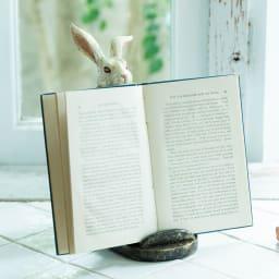 マルチホルダー ウサギ 料理中のレシピ確認やネイル中の読書に!