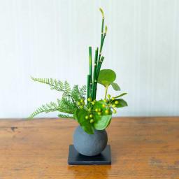 CUPBON 迎春寄せ植え 檜炭ボールトクサ アーティフィシャルグリーンとして長く楽しめます