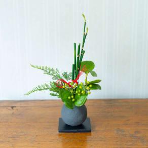 CUPBON 迎春寄せ植え 檜炭ボールトクサ 写真