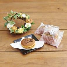【母の日ギフト】「ありがとう」みつ豆 どら焼き&CT触媒アレンジ「ミニローズリース」