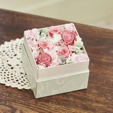 【母の日ギフト】プリザーブドフラワーBOX(ピンク)
