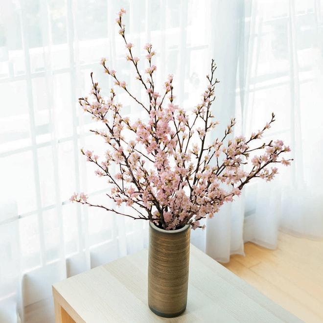 山形からの春便り啓翁桜8本(ミドル) 花瓶は商品に含まれません。
