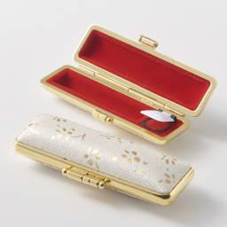 【ネームオーダー】お祝い印鑑 水晶2本セット(実印・銀行印) 持ち歩きに便利な朱肉付きケース入りです。