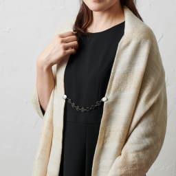 ファッションクリップローズチェーンタイプ 特許取得 着用例 (ウ)ブラック