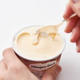 COPPER the cutlery/カパー ザ カトラリー アイスクリームスプーン2本セット(シルバーミラー) スプーンを握った手のぬくもりがスプーンに伝わり、固いアイスもみるみると溶けていきます。