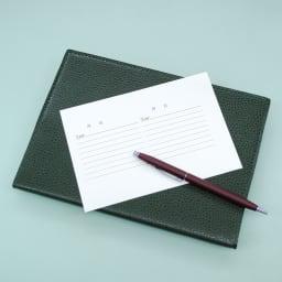 5年日記帳アリス旅行シール付 旅先にシールだけを持っていけば、旅先でも日記を気軽に書けるのでとっても便利!