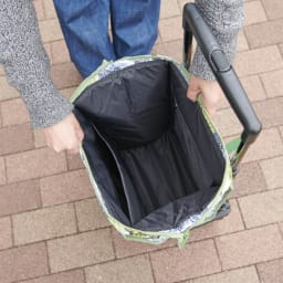 カインドケア/FINLAYSON 横押しカート 大きく開くので、中身も見やすく出し入れしやすい♪<br>バッグ容量:約19L、バッグ耐荷重:約8kg