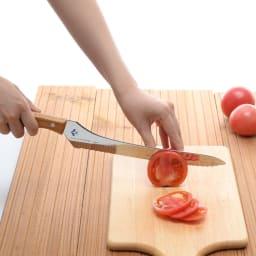 つばめのパンナイフ パンだけでなく、トマトのスライスだって、