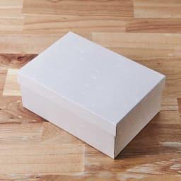 萬古焼 こだわりの角丸急須&湯呑2個の3点セット ギフトとして贈りやすい、BOX入りです。