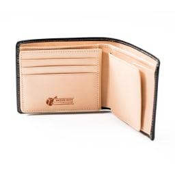 ブライドル レザー 二つ折り財布 (名入れ刻印・名入れオーダー) 内側のヌメ革は使い込むほどに味が出ます。